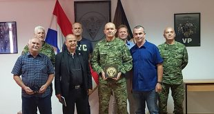 Izaslanstvo Zajednice Udruga Veterana Vojne Policije Iz Domovinskog Rata RH uručilo zahvalnicu PVP