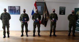 Svečanost uručenja zlatnih medalja izvrsnosti pripadnicima Pukovnije VP-a
